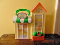 Peppa Pig Grocery Little Places Playset Grocery Store Carry Along house