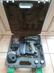 Hitachi 16GA Straight Nail Gun Gas NT65GS GWO Inc Carry Case