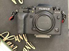 Fuji X-T4 26.1 MP Mirrorless Camera - Black (Body only) Original Box w/ Batt