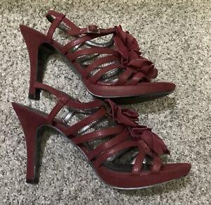 Bandolino - Women's Size 8 High Heels, Maroon / Burgundy Strappy, Floral