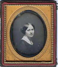 1/6 PLATE DAGUERREOTYPE PHOTO OF YOUNG WOMAN BY CLARK & HOLMES, TROY, NY STUDIO