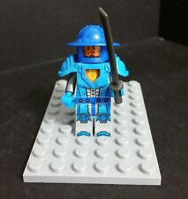 GENUINE LEGO NEXO KNIGHTS  ROYAL GUARD MINI FIGURE , split From Set: 70310