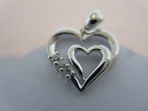 18ct white gold diamond love heart pendant