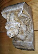Notre-dam Gargoyle Bracket Mythical Statue Medieval Sculpture