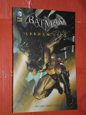 BATMAN - ARKHAM CITY -DI: PAUL DINI -brossurato- EDIZIONE-DC COMICS LION- nuovo