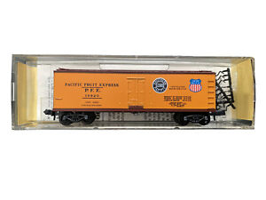 N Scale Kadee Micro Trains Southern Union Pacific PFE SP UP 40' Wood Reefer MTL
