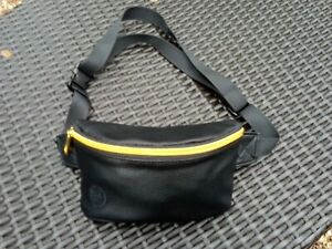 Black Mi Zipped Bum Waist Bag