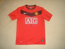 Manchester United football shirt red age 10/12 years