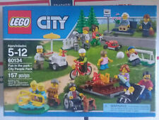 2016 Retired Lego® City 60134 Fun in the Park - City People Pack New Nisb