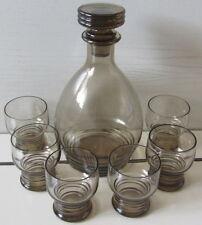 Antico servizio da liquore - Bottiglia e sei bicchierini -
