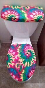 Tie Dye Fleece Toilet Lid & Tank Cover Set. Bathroom Accessories