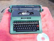 VINTAGE /  RETRO  GREEN  SILVER REED  500  TYPEWRITER.