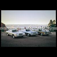 #pha.007110 Photo FORD LTD LANDAU & PILLARED HARDTOP, COUNTRY SQUIRE 1977 Auto