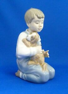 Lladro Forever Friends Boy Kneeling with Dog/Puppy