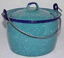 Tres Enamelware Pot with Lid Holds 5 cups Enamel Pot Speckled Blue/Green Clean