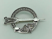 Gorgeous Past Times Sterling Silver Detailed Celtic Penannular Brooch