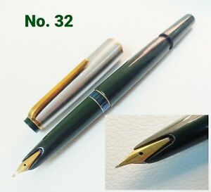 MontbIanc Fountain Pen No.32 Green Barrel Cap Stainless steel USED Conditions #2