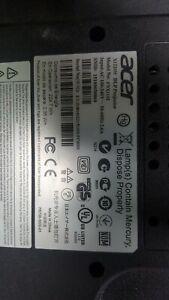 Acer X1220H DLP Projector
