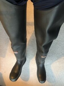 Century 4000 Super Safety Black Rubber Thigh Wader UK10 US11 EU44