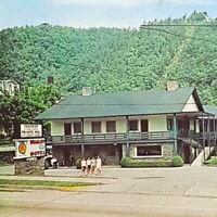 Vintage Postcard Whaley Motel Gatlinburg Tennessee AAA Smoky Mountains