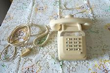 VINTAGE TÉLÉPHONE A TOUCHES SOCOTEL S63 - MATRA CRÈME