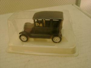 EFSI TOYS HOLLAND BLACK FORD MODEL T CAR SEDAN NEW IN BOX