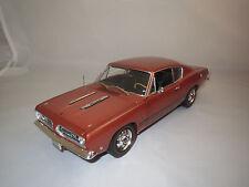 Highway 61  Plymouth  Barracuda  1:18 ohne Verpackung !!!
