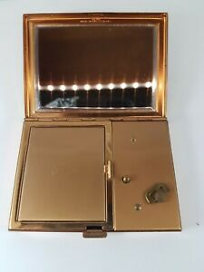 Vintage ladies Musical Compact powder box ,rare collector item !