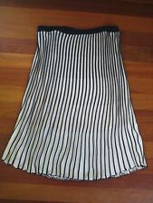BCBG MAXAZRIA STRIPED SKIRT BLUE WHITE SIZE L LARGE A-LINE NEIMAN MARCUS