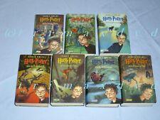 Harry Potter Band 1-7 _ ALLE mit kursiver Schrift auf dem Cover gezacktes Cover