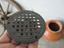 VINTAGE CAST IRON FLOOR OR WALL OLD COVER THICK GRATE DRAIN DRAINER OR VENTILATO