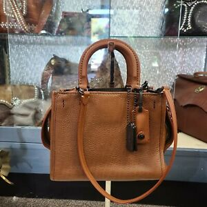 COACH 20315   Leather Rogue 25 camel purse