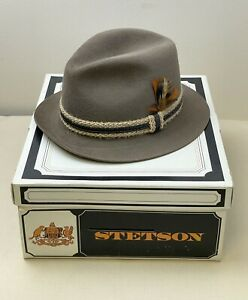 Royal Stetson Felt Fedora Brown w/Woven String Leather Band +Feather 7-1/8 MIB