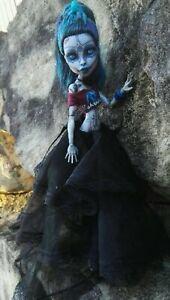 OOAK Custom Repaint Handmade Monster High Elle Eedee Doll and Accessories
