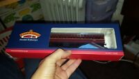 OO Gauge Bachmann 34-630A BR MK1 Suburban 2nd Brake BR Lined Maroon Coach boxed