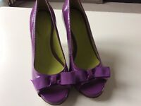 "BODEN Purple Patent Peep Toe Shoes, Bow Toe, 4"" Wooden Heel Size UK4 Eur 37"