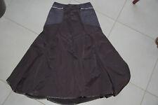 1.2.3. * Superbe jupe noire formes originales * T. 38