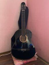 schwarze Gitarre, Konzertgitarre