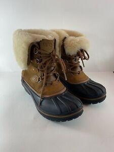 Crocs Allcast II Luxe Duck Boots womens Size 7 Waterproof Warm Winter style