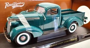 Road Signature 1/18 Scale 92458 - 1937 Studebaker Coupe Express Pick Up
