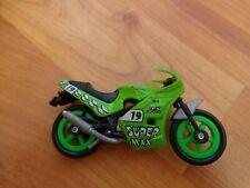 8CM GREEN 'SUPER MAX #19' MOTO GP PLASTIC MOTORBIKE MOTORCYCLE BIKE