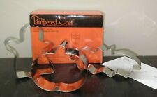 New listing Pampered Chef #1097 Halloween Cookie Cutters Set Bat Ghost Pumpkin No Sprinkles