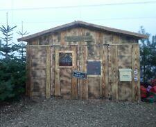 Weihnachtsmann-Hütte