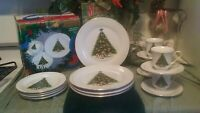 World Bazaars Christmas Tree 16 PC. CHINA DINNERWARE SET SERVICE FOR 4