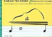 Haciendo el grado Piano preparatoria Frith *
