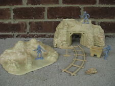 Marx Gold Mine Cave Set Western Cowboys 1/32 54MM Toy Soldier