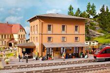Noch H0 (66004): Bahnhof Tannau (Berg)