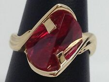 14K YELLOW GOLD FANTASY LIGHTHOUSE CUT RED SYNTHETIC GEMSTONE RING SIZE 6.5