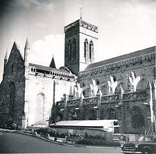 VIRE c. 1957 - Travaux  Église Notre-Dame Auto  Calvados - DIV 9889