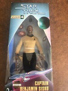 """STAR TREK - 9"""" Action figure - CAPT. BEN SISKO"""